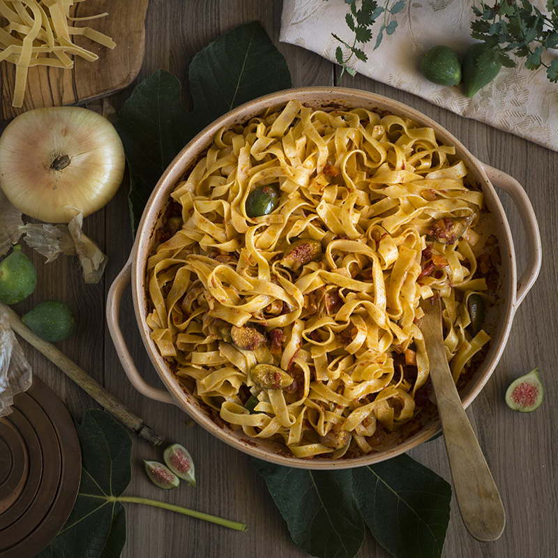 fig fettuccine with olive oil