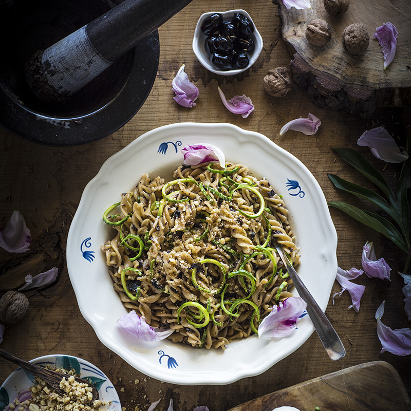 fuslli alla crema di olive