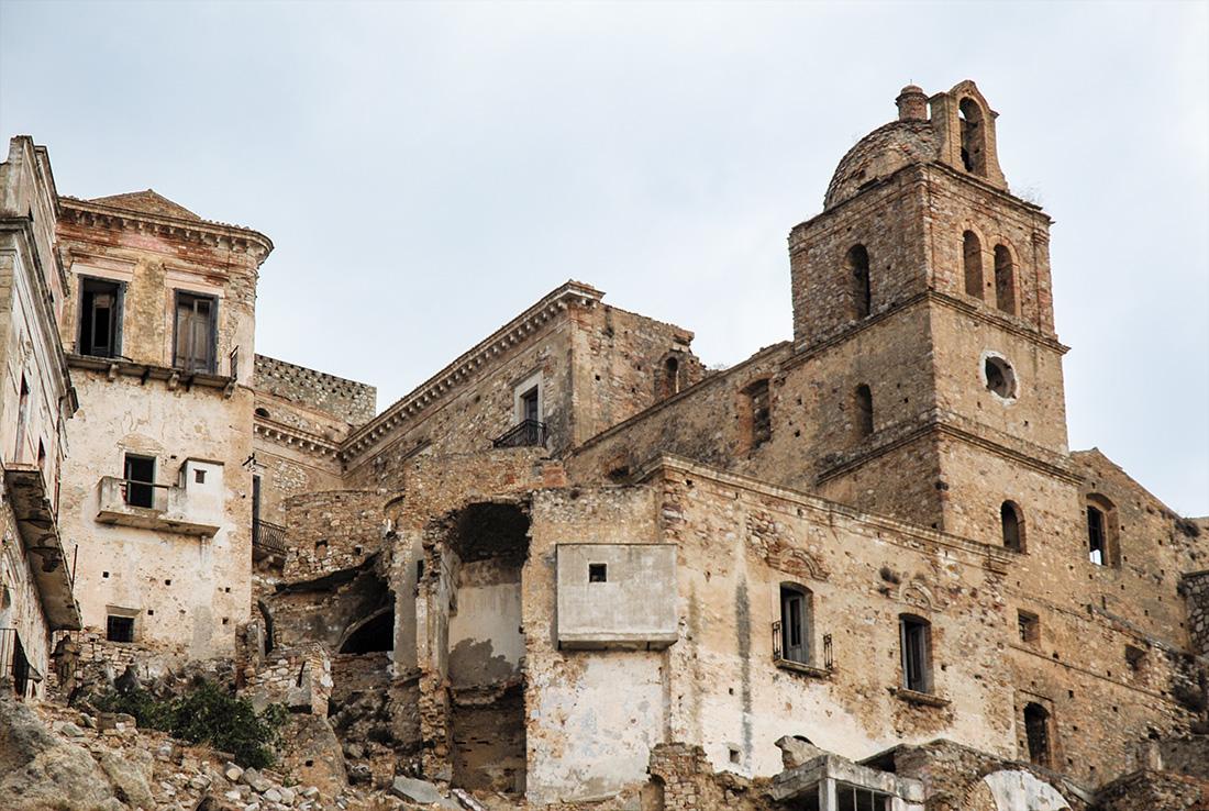 Craco palazzi abbandonati