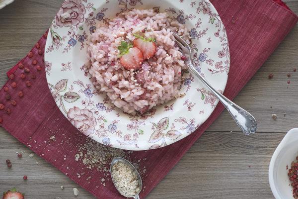 risotto alle fragole e pepe rosa